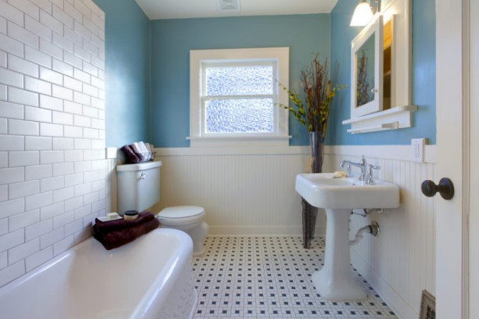 How To Maintain Your Bathroom Neat and Organized