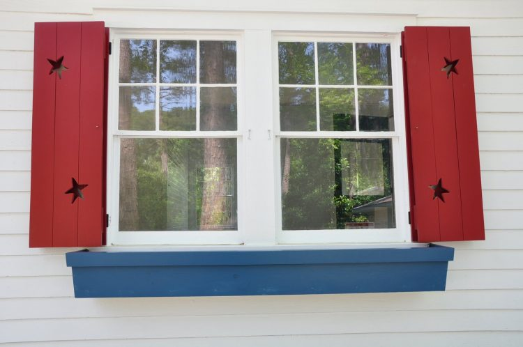 Finding the Right Exterior Window Shutters