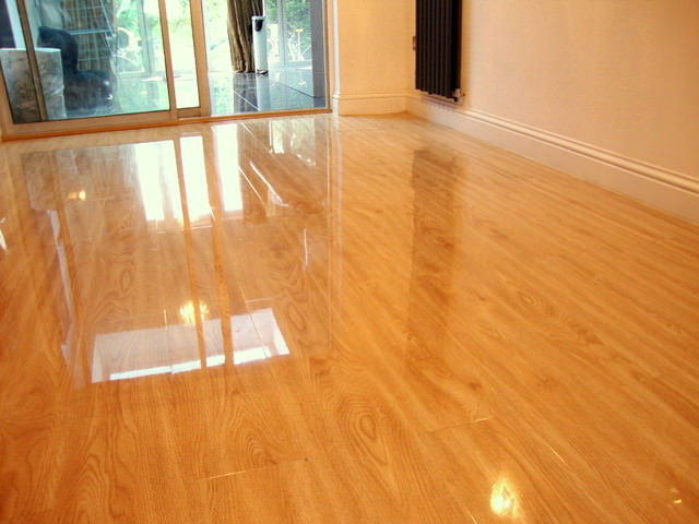 Laminate Floors – Making Interiors More Beautiful