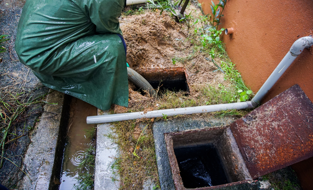 Four Signs your Sewer Line is Damaged