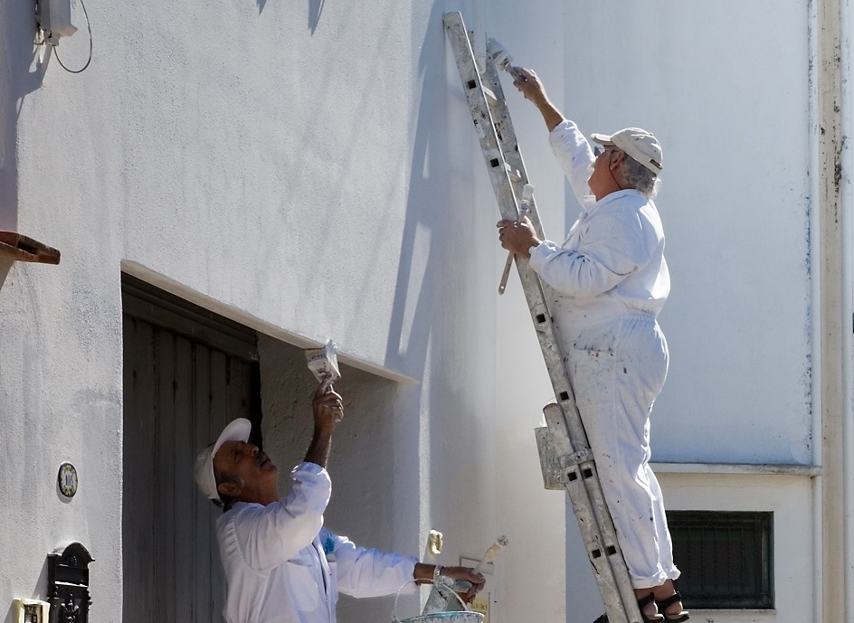 Enjoy these 5 amazing benefits of residential painting by a contractor!